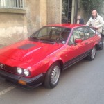 Claudio Spiller con la sua splendida Alfa Romeo GTV 2.5.