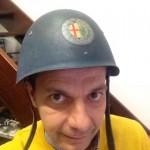 Elmetto utilizzato durante la seconda guerra mondiale dai Vigili del fuoco negli stabilimenti Alfa Romeo del Portello.