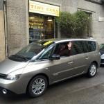 Fabrizio con la sua elegantissima Renault Espace!