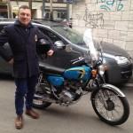 Luca di grazia, amico di Tiny cars con la sua splendida moto Honda CB 100 del 1976