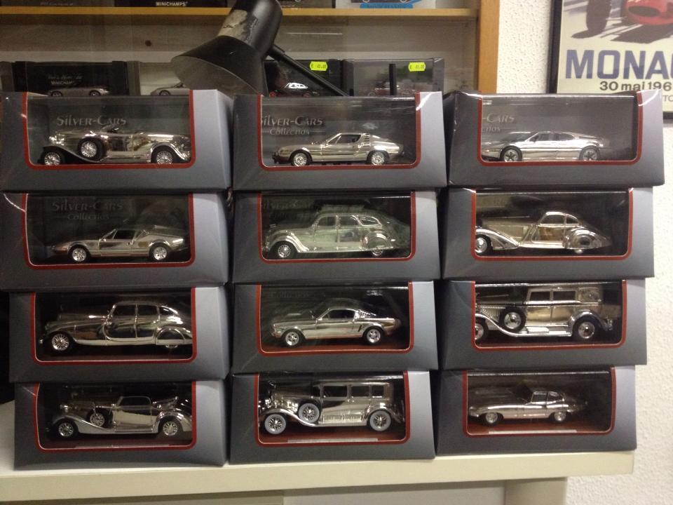 Serie di modelli cromati scala 1 43 2 tiny cars - Modelli di scale ...