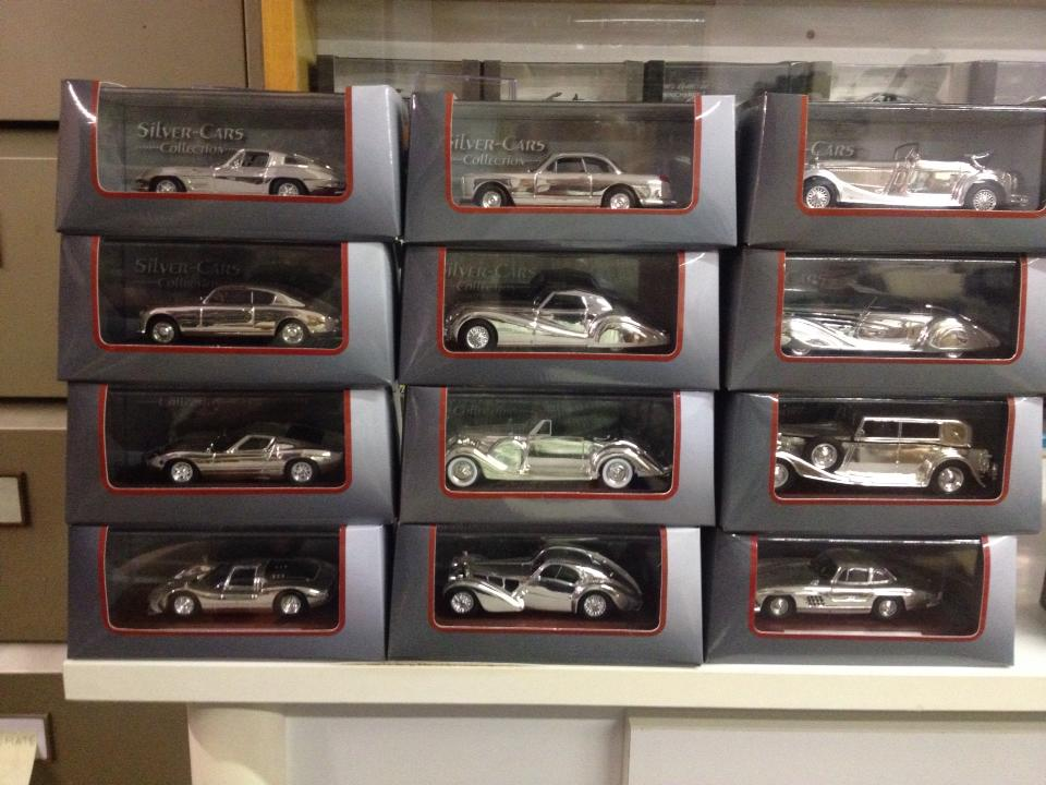 Serie di modelli cromati scala 1 43 tiny cars - Modelli di scale ...