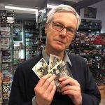 Guido ci porta la sua raccolta di vecchie foto di giocattoli d'epoca trovate in giro per mercatini!