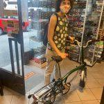 La Sabrina ha pedalato fino a qui con la Brompton!