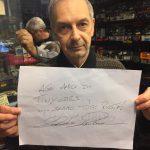 Vittorio ci mostra la bellissima dedica fatta a tutti noi di Tiny Cars dall' Iron Man Alessandro Zanardi!