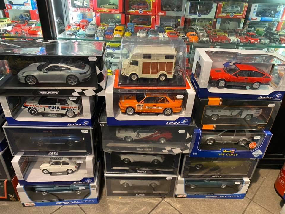 Tante Scala 1:18 sempre disponibili da Tiny Cars!