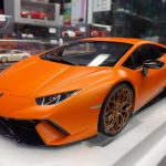 Lamborghini Huracan Performante Auto Art scala 1:12
