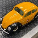 Volkswagen Maggiolino PTT Tekno scala 1:43 ( purtroppo tetto ritoccato a pennello)